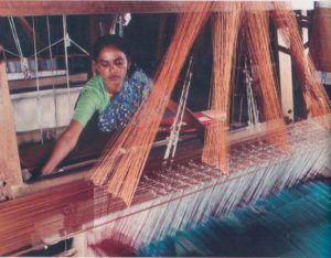 Bangladeshi women at the loom